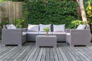 ריהוט איכותי לגינה - לשבת בחוץ ולהרגיש בבית