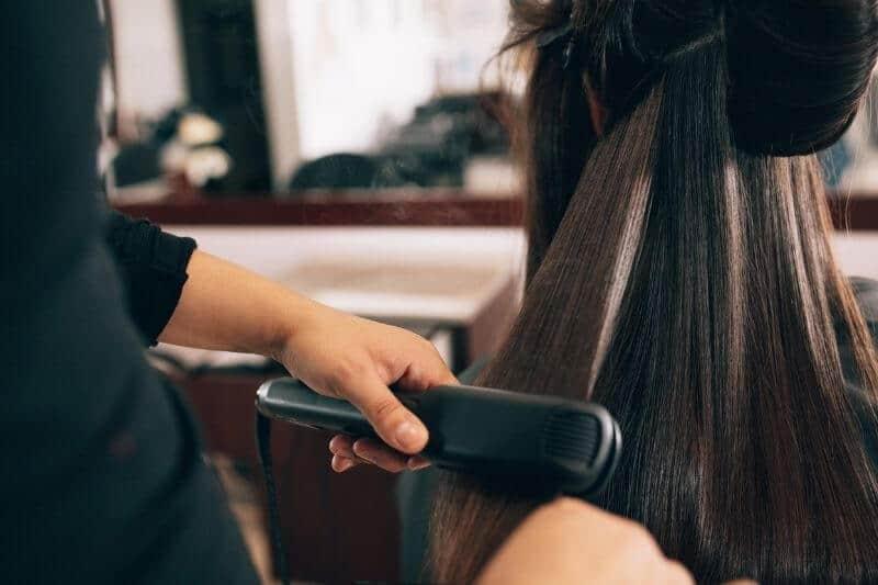 החלקות שיער זולות ואיכותיות במרחק נגיעה
